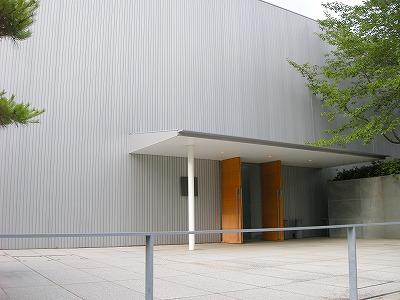 □20 長野県信濃美術館 東山魁夷...